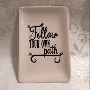 "Thirty-One ""Follow Your Own Path"" Keepsake Tray"